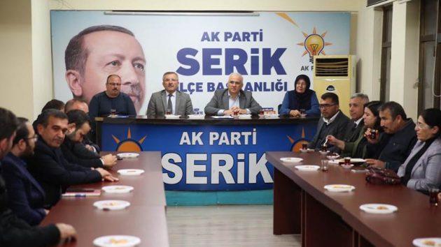 """""""Serik; Bakanı Milletvekili, Başkanı Ve Teşkilatı İle Hizmete Doyacak"""""""