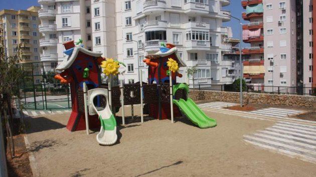 TOSMUR MAHALLESİ'NE YENİ ÇOCUK PARKI