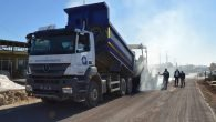 Aksu Karaçallı-Kemerağzı grup yola sıcak asfalta kavuşuyor