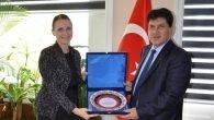 Başkan Gül'e teşekkür Plaketi