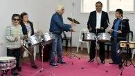 Başkan Uysal,Çocuklarla Müzik Yaptı