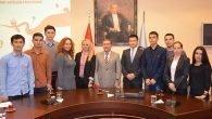 Başkonsolostan Kazak öğrencilere ziyaret