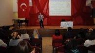 İSTEK'te Prof. Dr. İrfan Erdoğanan Velilere Yönelik Seminer
