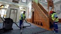 Muratpaşa Belediyesi,ibadethaneleri temizliyor