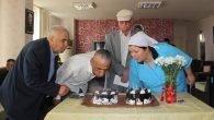 Huzur evinden yaşlılara doğum günü sürprizi
