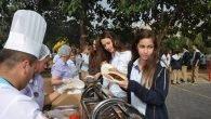 İSTEK'li Öğrencilere Barbekü Partisi